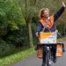 Postbezorger in Almere (1336 MK)